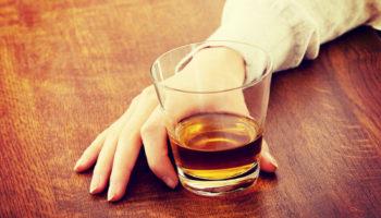Какие таблетки помогают при головной боли после алкоголя?
