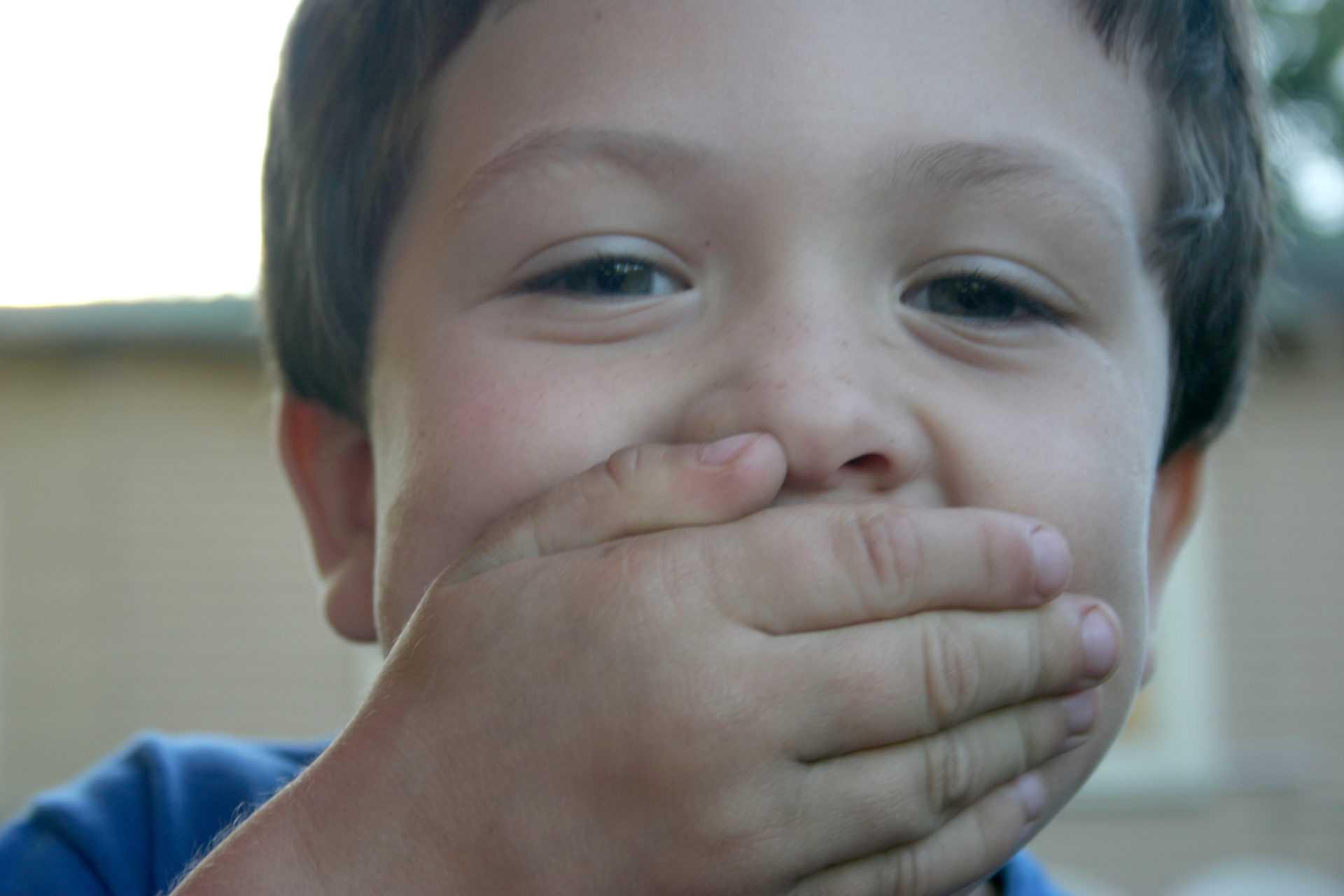 Причины, симптомы, лечение невротического и неврозоподобного заикания