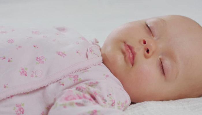 Как распознать развитие нарушений сна у грудничка? Причины и лечение инсомнии у младенцев